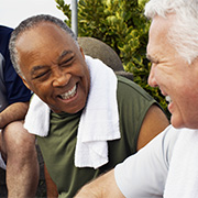 retrait prostate fuite urinaire homme souriant